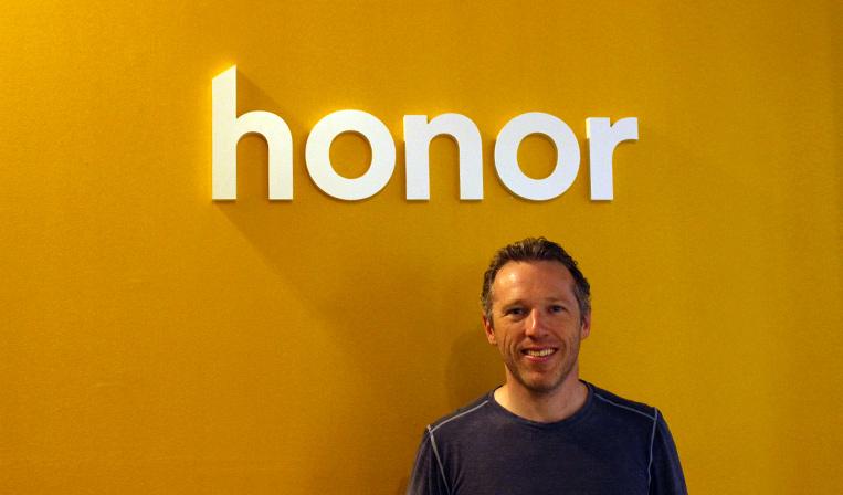 【動画】高齢者とホームヘルパーを繋ぐプラットフォーム「Honor」