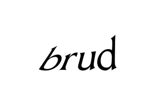 まるで本物の人間。フォロワー数210万、バーチャルインスタグラマー「Lil Miquela」を手がけるBrud